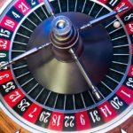 保険は保障目的のギャンブル。確率や期待値を考慮したい