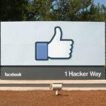Facebookで友達のうち特定のグループにのみ投稿を公開する方法